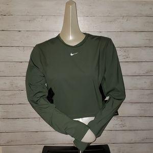 Women's Nike top